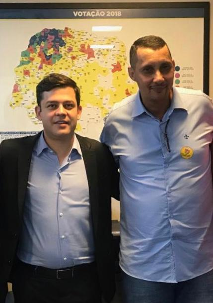 Tião Medeiros consegue liberação de quase 2 milhões para município do Paraná