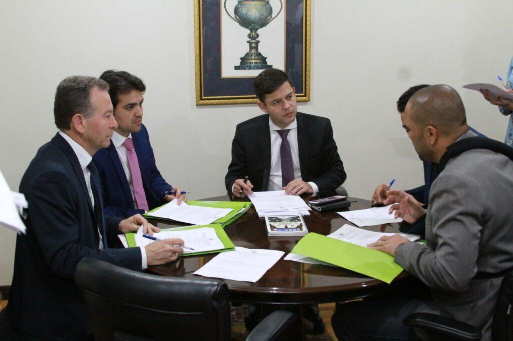 Comissão de Obras aprova projeto de lei que isenta policiais militares de pagamento por danos em viaturas