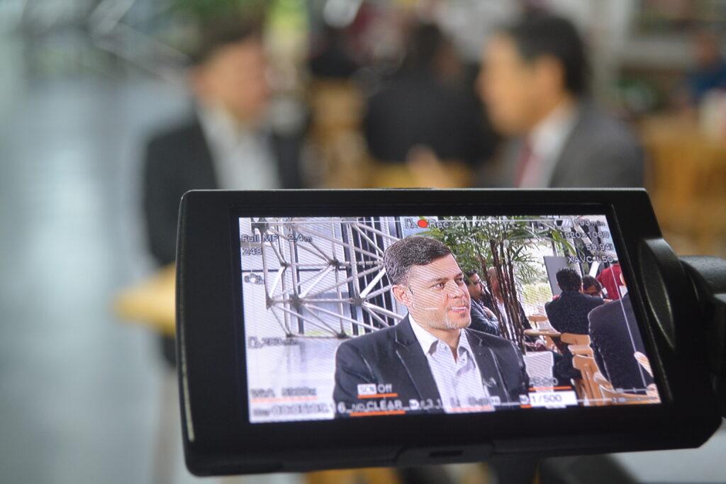 Em entrevista ao programa Café com Política, da TV Assembleia, Tião Medeiros fala sobre a vida pessoal e faz avaliação de 2019