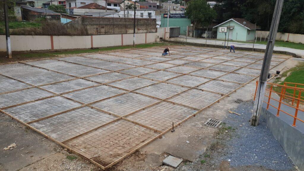 Tião Medeiros libera R$100 mil para obras em colégio de Almirante Tamandaré